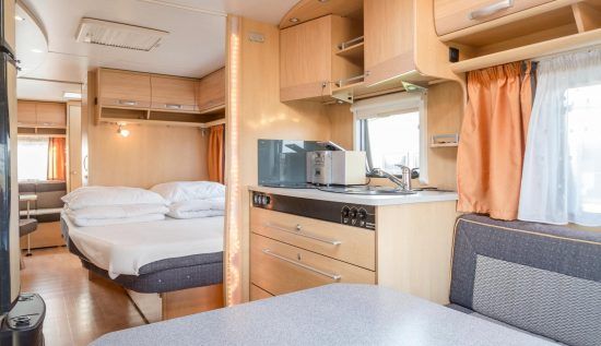 Wohnwagen Mit Dreier Etagenbett : Camping sylt u die wohnwagenvermietung auf der insel